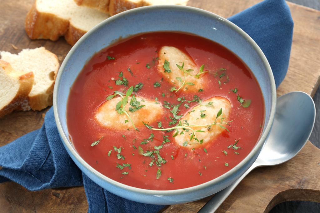tomatensuppe aus dem ofen mit mozzarella